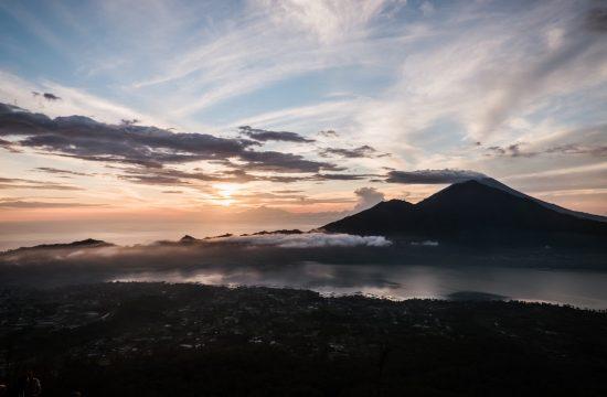 Vulkan besteigen auf Bali